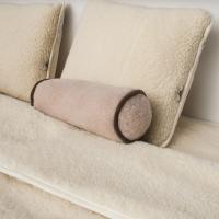 Kołdra, podkład, poduszki i wałek z runa