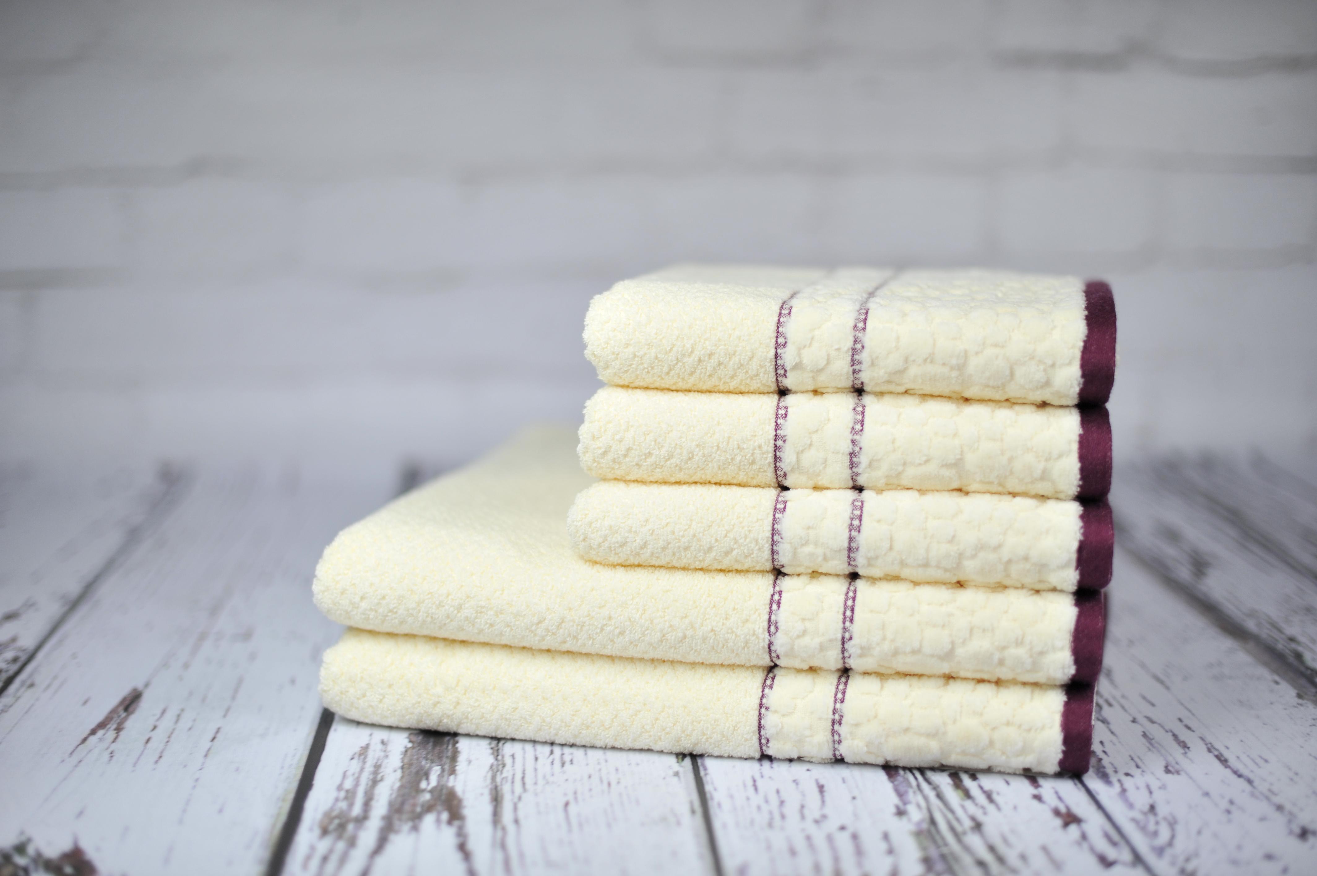 Ręcznik Parys kremowy
