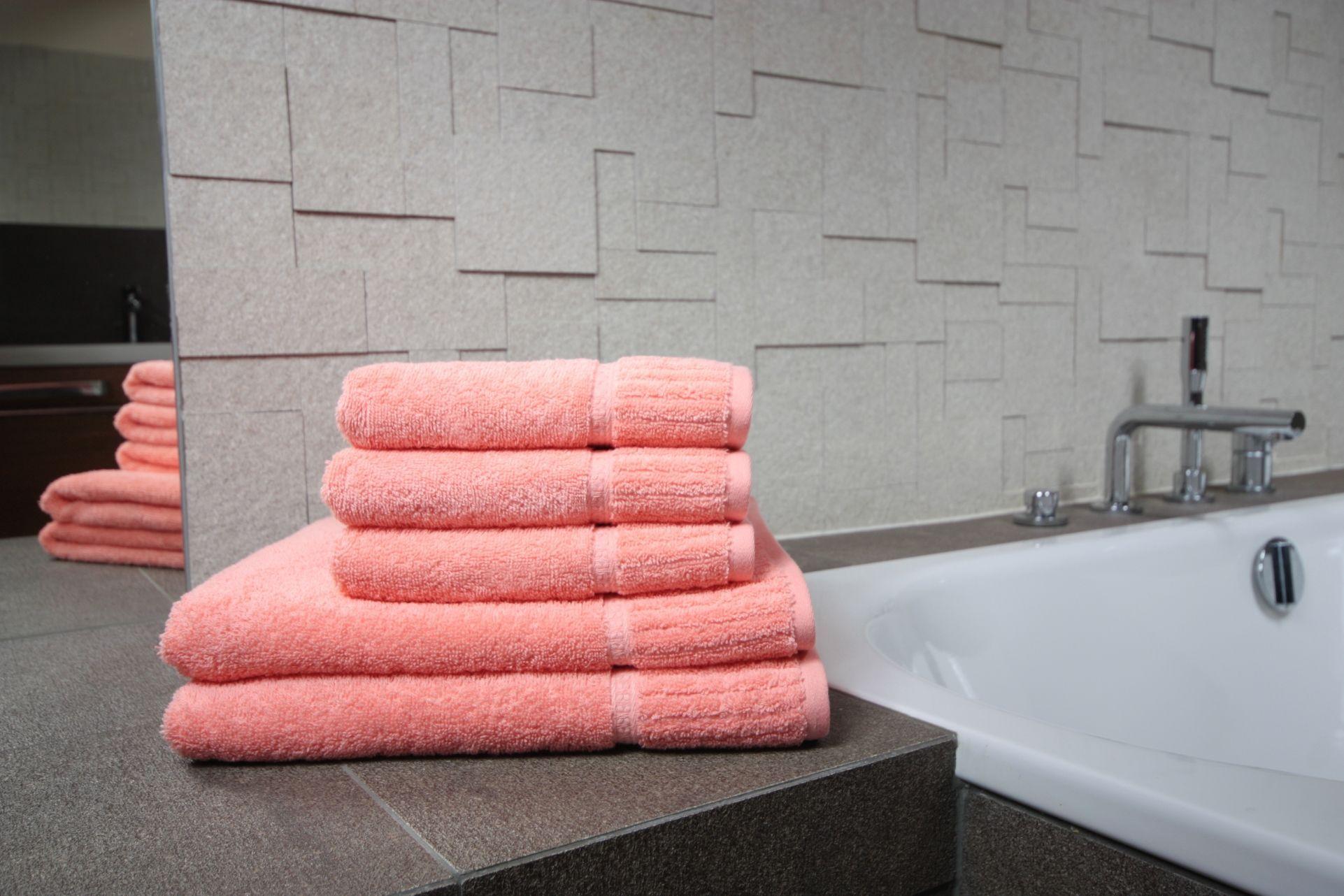 Ręcznik Bazyl łososiowy