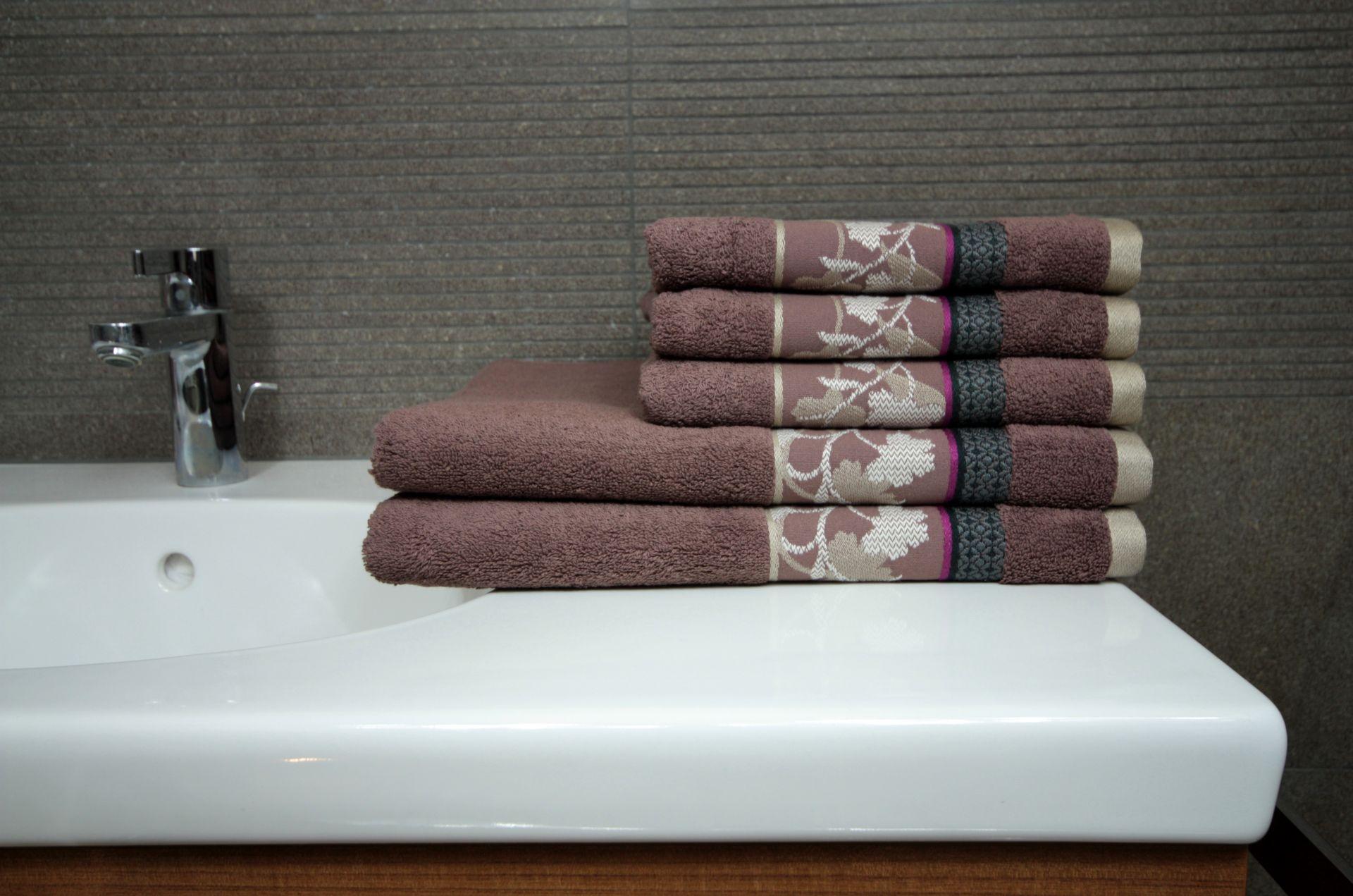 Ręcznik Kontrast brązowy