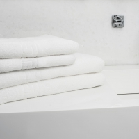 Ręczniki z tłoczeniem 'klucz grecki'