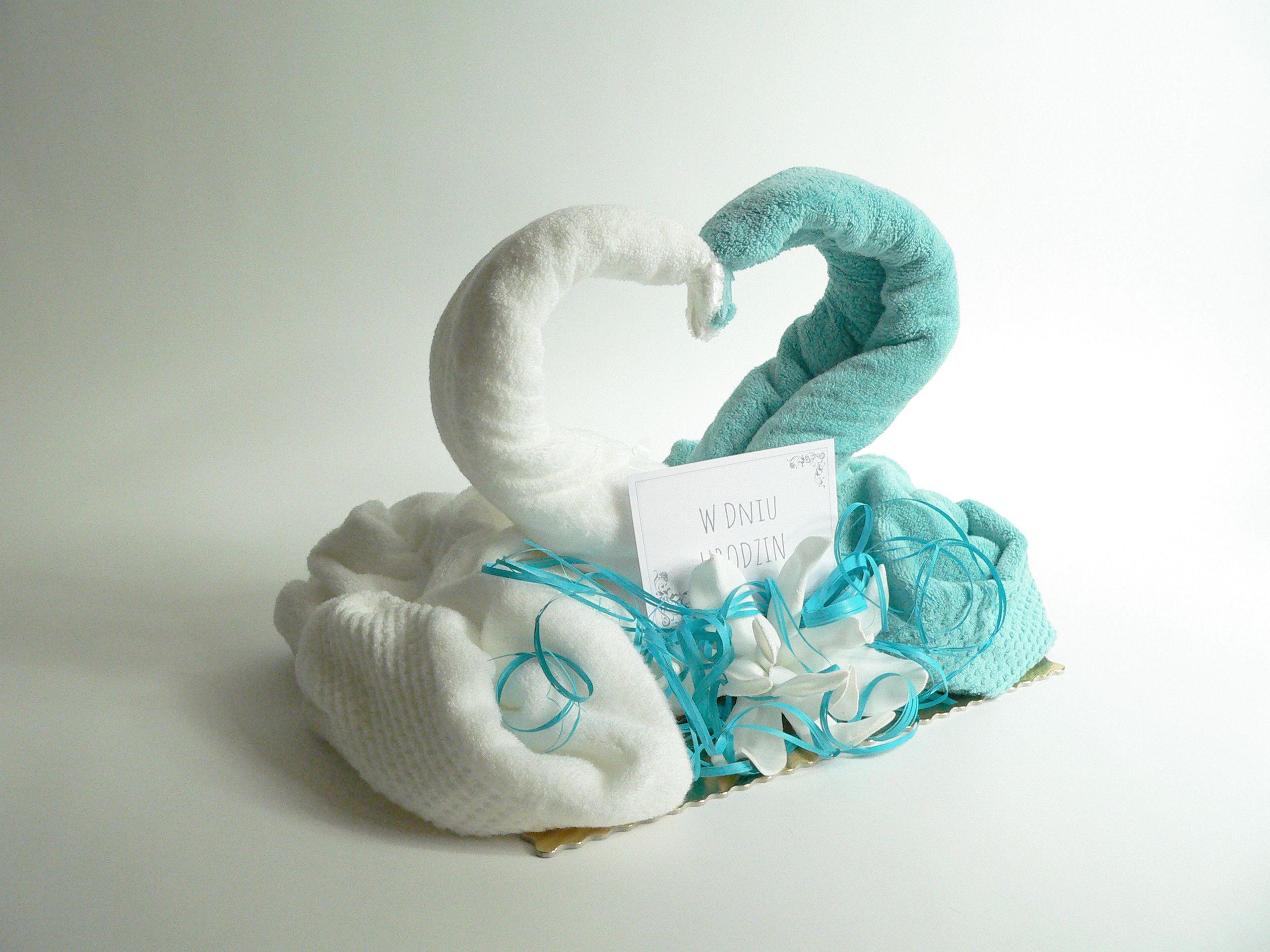Upominek - para łabędzi z ręczników