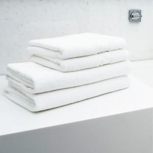 Ręczniki ztłoczeniem 'HOTEL'